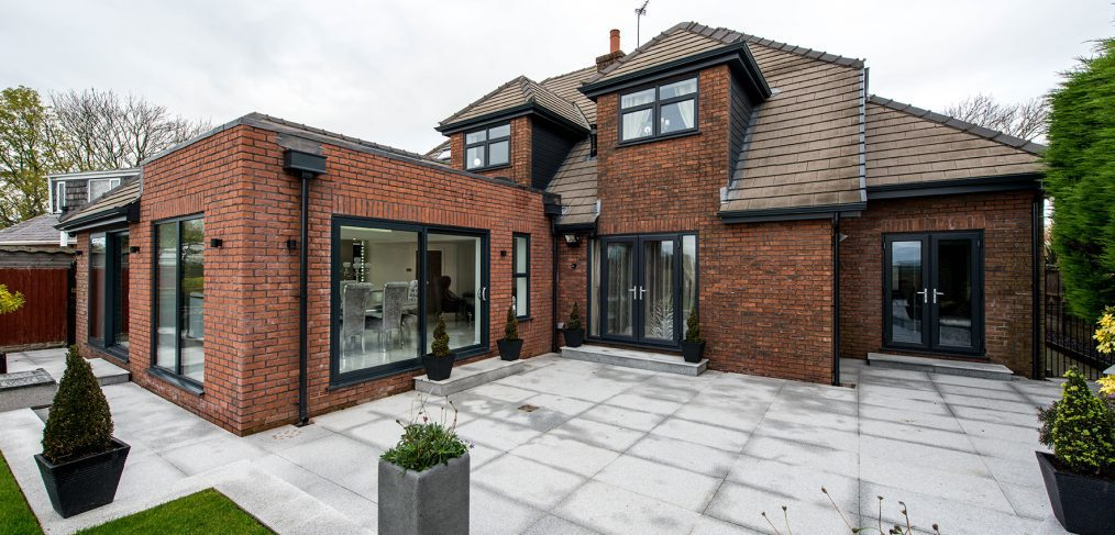 smart-aluminium-windows-doors-manchester-cheshire-bifolds